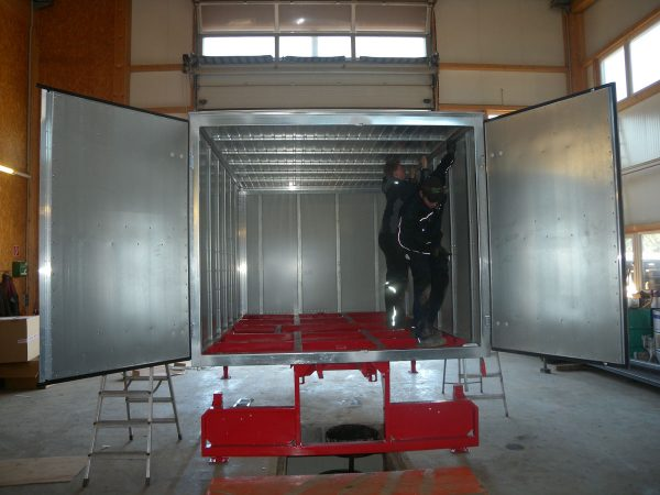 Metalltechnik Anhängerbau Aufbau