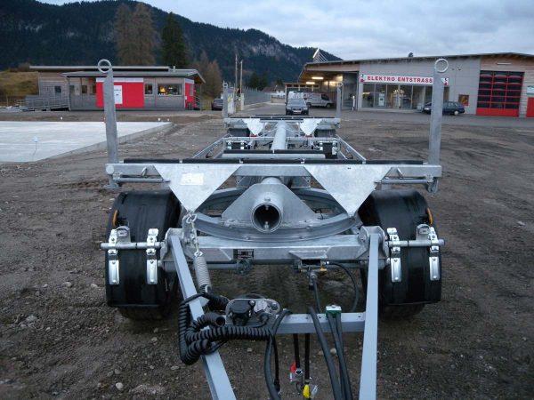 Metalltechnik Anhängerbau Langgutrungenanhänger