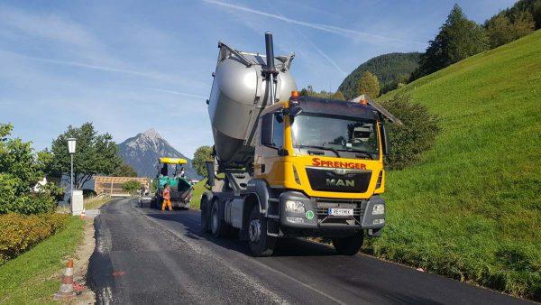 Firma Sprenger Fuhrpark RE 1MIK 3Achser Asphaltmulde
